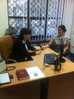 With a number of questions about changes in the law regulating the issuance of passport of citizen of Ukraine a new model, the Office Migration Service Ukraine in Sumy region representatives visited one of the local TV channels